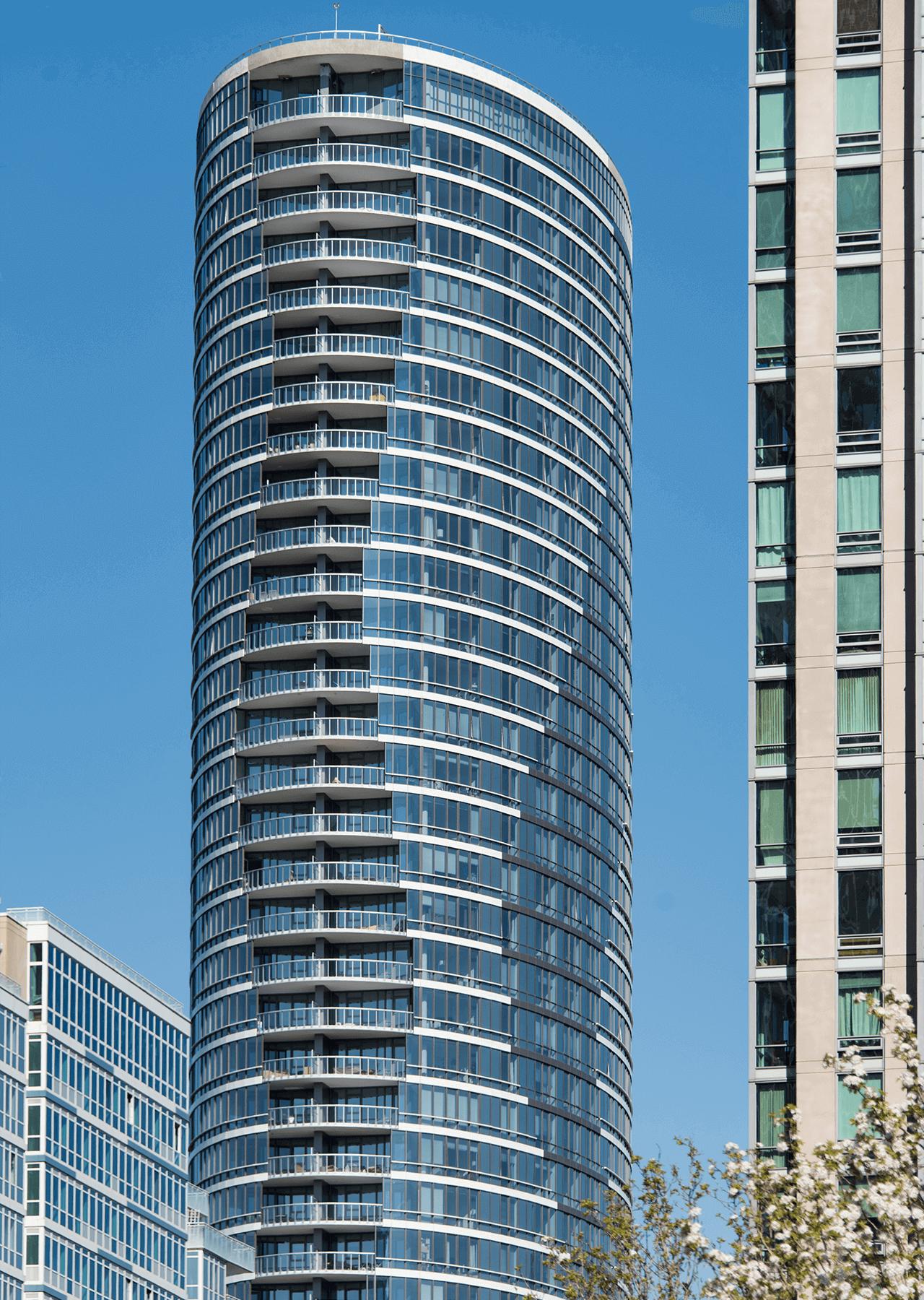 The Elipse Building